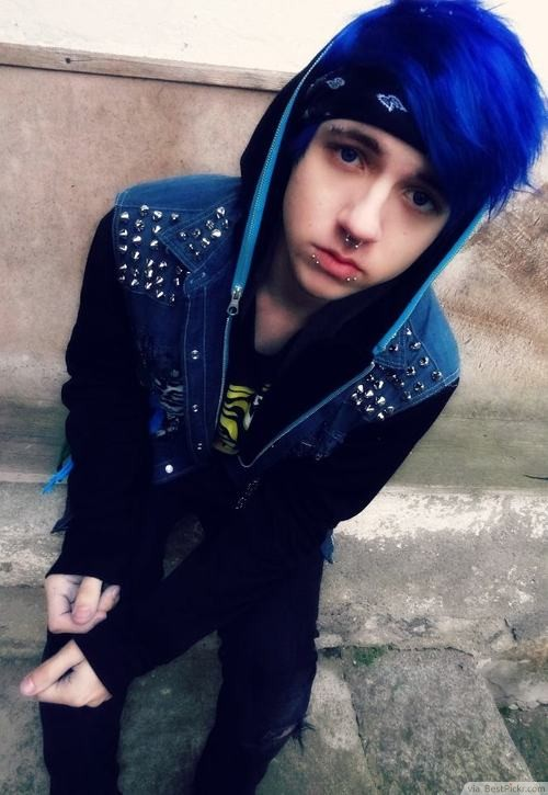 Fabulous 10 Best Short Emo Hairstyles For Guys In 2017 Bestpickr Hairstyles For Women Draintrainus