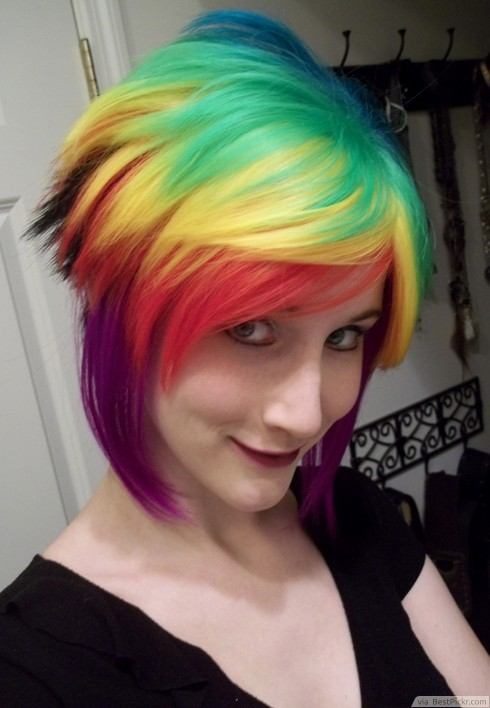 Rainbow Short Emo Hairstyle ❥❥❥ http   bestpickr.com short-emo-hairstyles- for-girls f79a97578