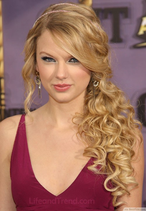 10 Amazing Curly Prom Hairstyles In 2018 Bestpickr