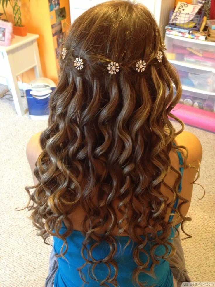 10 Amazing Curly Prom Hairstyles In 2018 | BestPickr