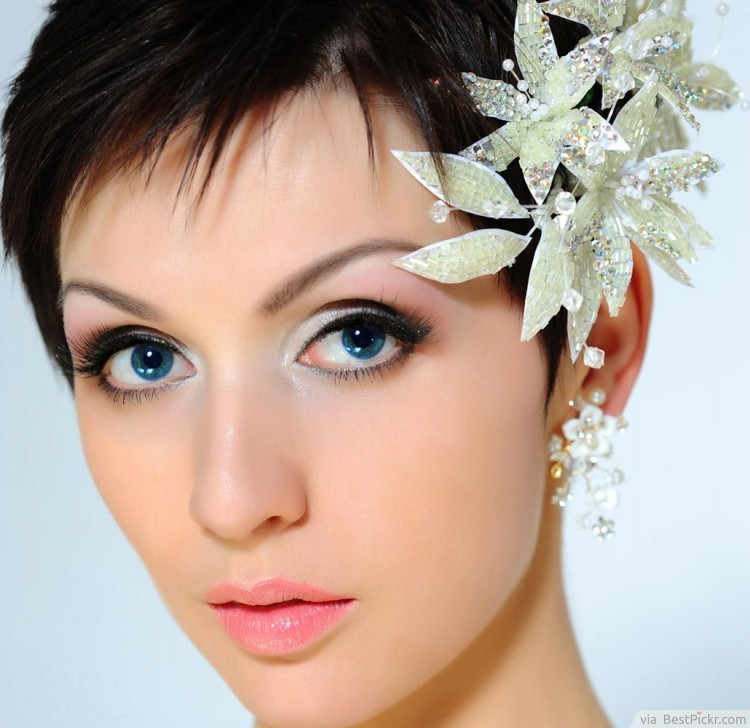 Cool 10 Easy Prom Hairstyles For Short Hair Bestpickr Short Hairstyles Gunalazisus