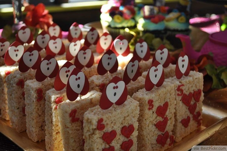Alice In Wonderland Birthday Party Snack Ideas Bestpickr