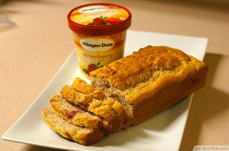 Ice-cream Bread ❥❥❥ http://bestpickr.com/delicious-two-ingredient-recipes