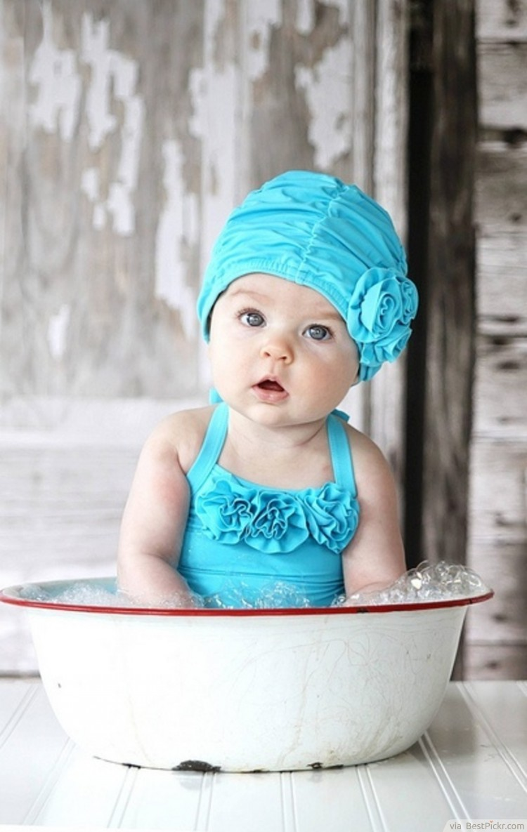 Innocent baby girl in bathwater ❥❥❥ http bestpickr com cute baby girls boys photos