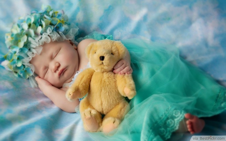 Lovely little girl sleeping with teddy bear ❥❥❥ http bestpickr