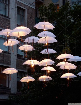 umbrella-outdoor-pendant-lighting